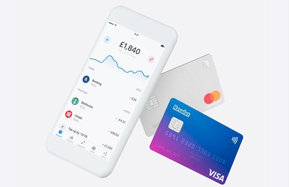 parhaat revolut kasinot kuva puhelimesta ja maksukortista