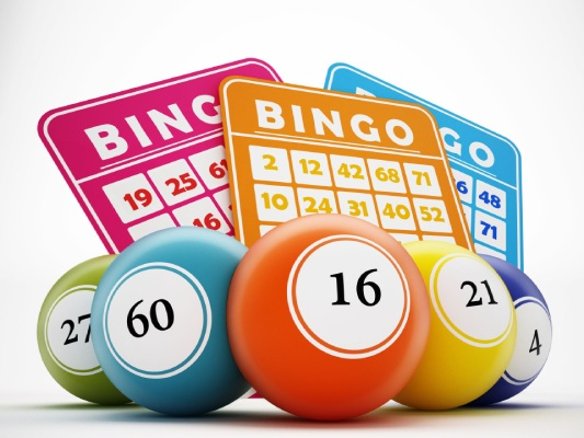 Bingo cards and bingo balls